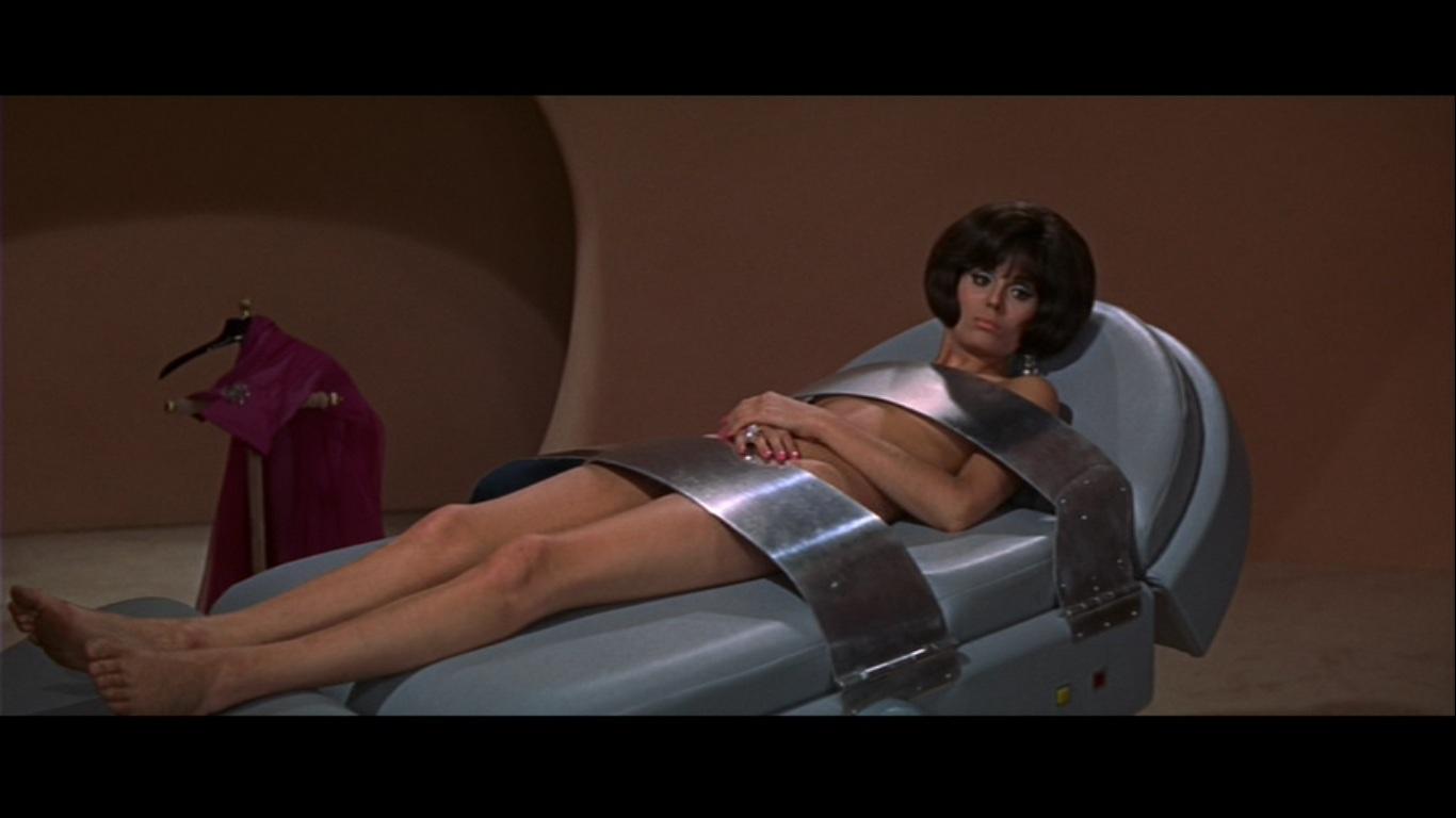 Videos secretos 007 por debaixo da saia 10