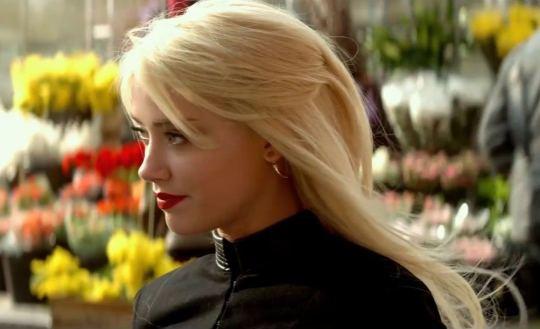 Amber Heard - 3 Dias Para Matar - 1