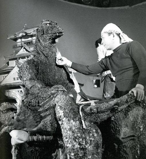Godzilla - 1954 - Suit Backstage - Image 3