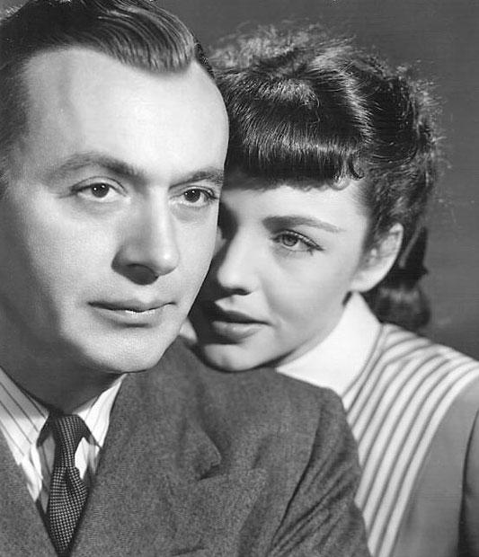 Jennifer Jones e Charles Boyer - Cluny Brown - screenshot 1