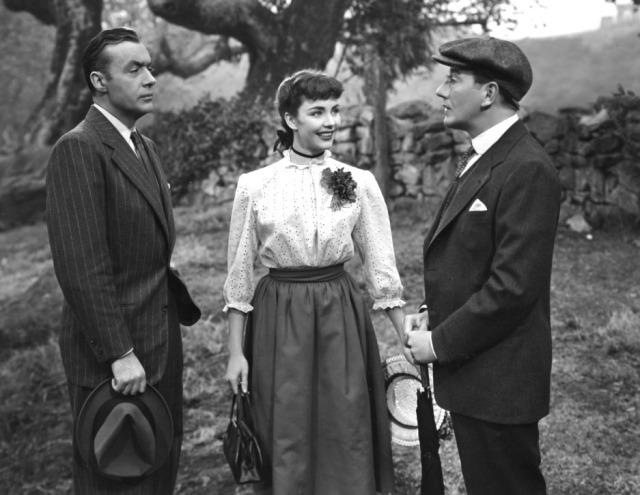 Jennifer Jones e Charles Boyer - Cluny Brown - screenshot 8