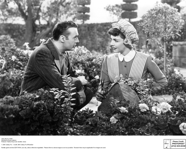 Jennifer Jones e Charles Boyer - Cluny Brown - screenshot 9
