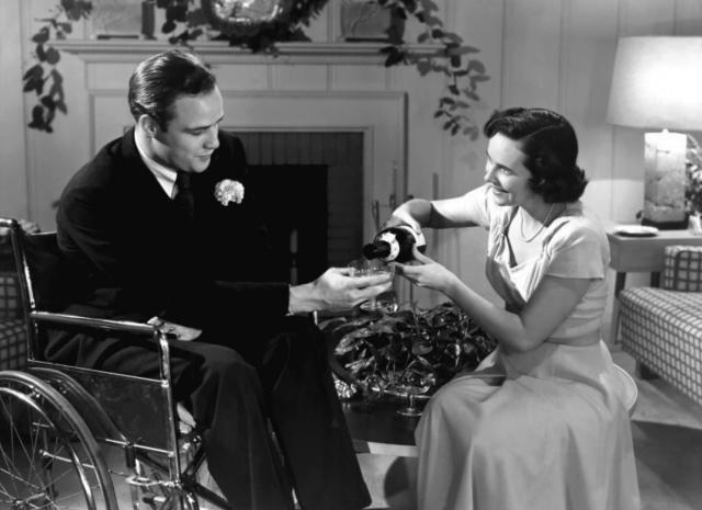 The Men - Marlon Brando e Teresa Wright - screenshot 1