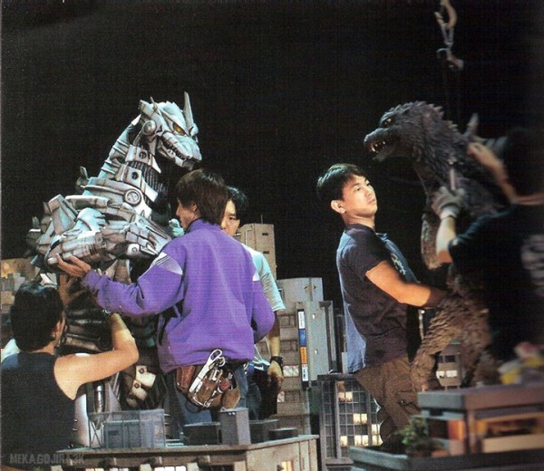 Godzilla gainst  Mechagodzilla - backstage 1