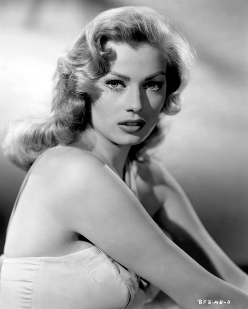 Anita Ekberg - Photo 1