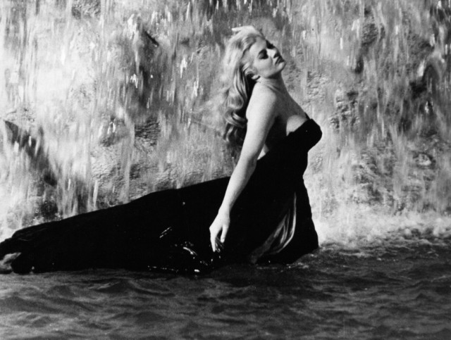 Anita Ekberg - Photo 2