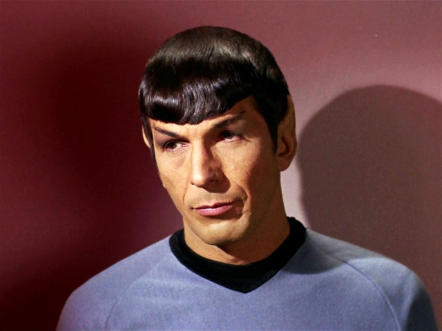 Leonard Nimoy - Mr. Spock - Photo 1