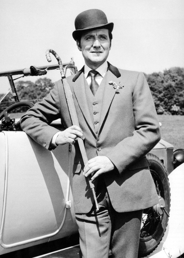 Patrick MacNee - Photo 2
