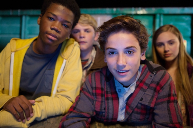"M289  (Left to right.) ASTRO, REESE HARTWIG, TEO HALM and ELLA LINNEA WAHLSTEDT star in Relativity Media's ""Earth to Echo. "" (C) 2013 RML Echo Films, LLC Photo Credit: Patrick Wymore"