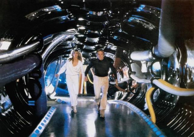 SATURN 3, from left, Farrah Fawcett, Kirk Douglas, 1980, ©Associated Film Distribution